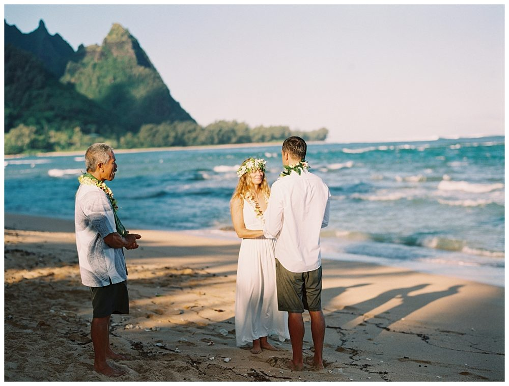 Kauai-Oahu-wedding-photography-by-kauai-wedding-family-photographer-mami-wyckoff-2017_0167