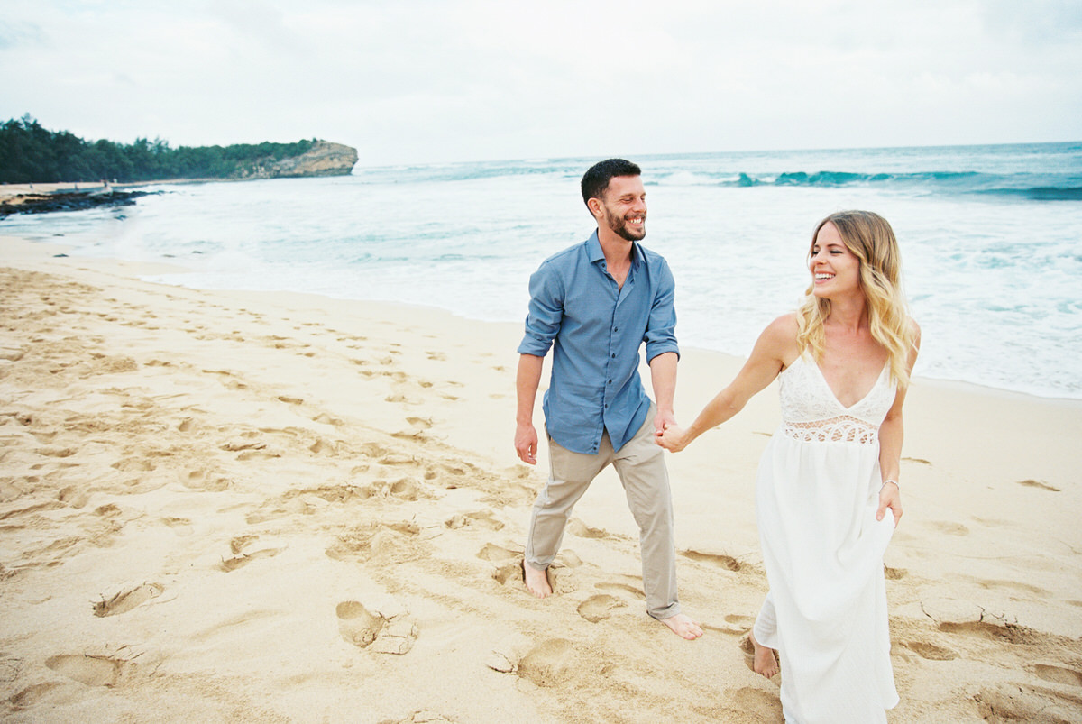 Kauai destination wedding elopement photographer oasis waipouli beach resort mamiwyckoffphotography14