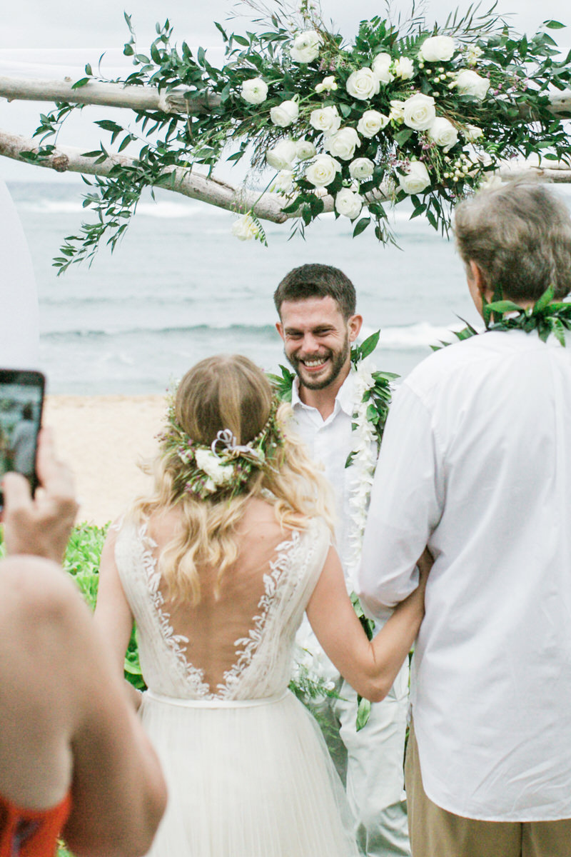 Kauai destination wedding elopement photographer oasis waipouli beach resort mamiwyckoffphotography29