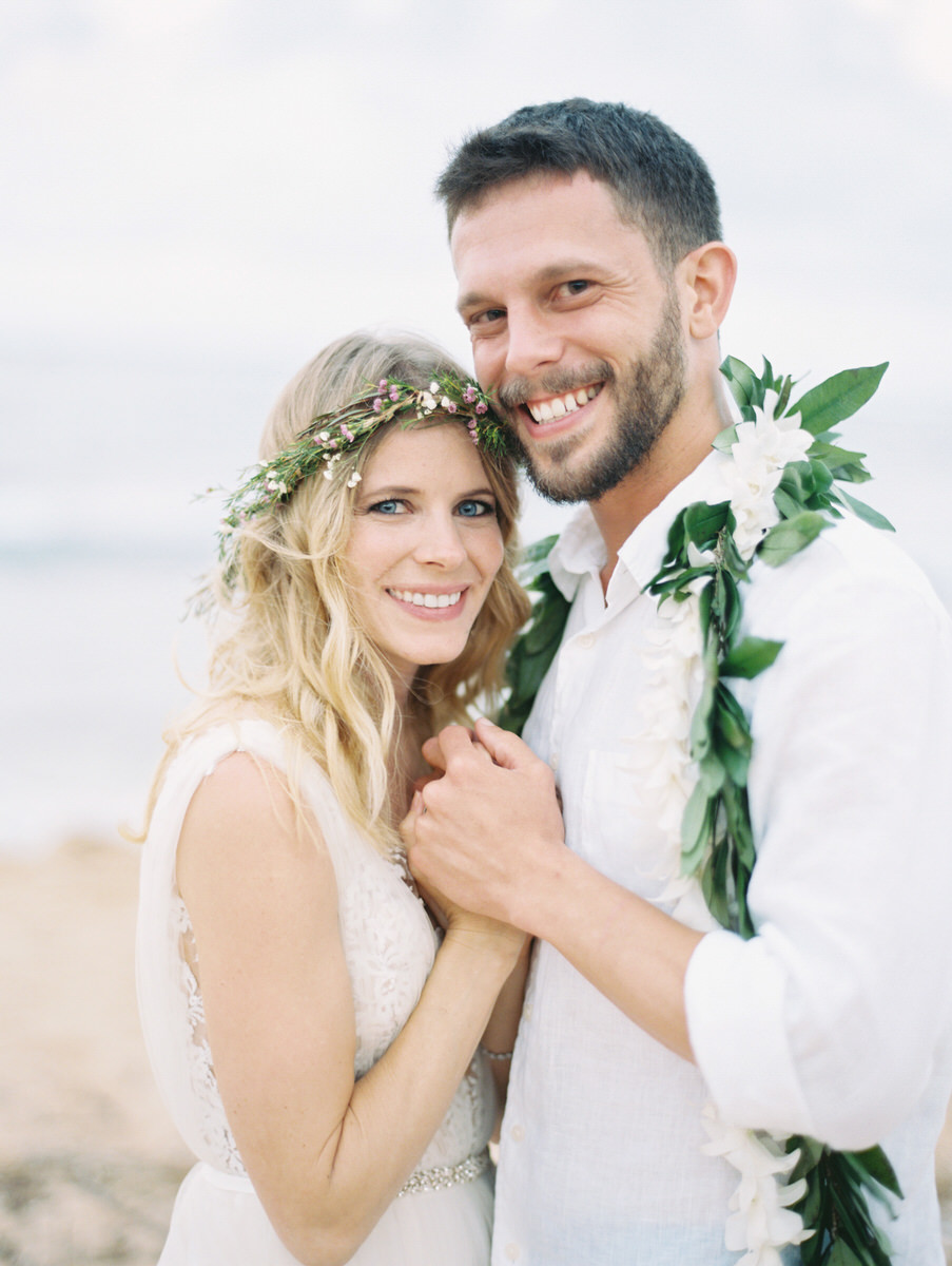 Kauai destination wedding elopement photographer oasis waipouli beach resort mamiwyckoffphotography35