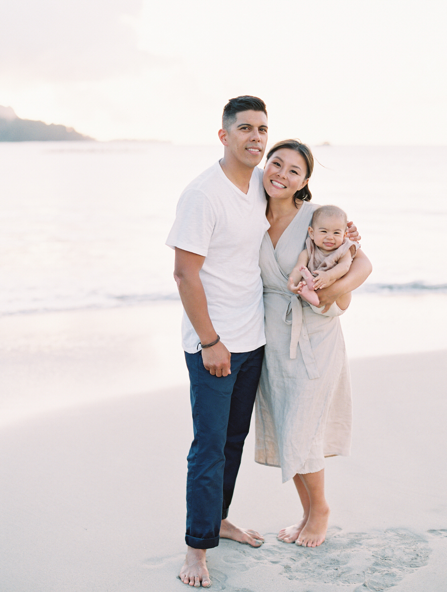 Sunset Beach Family Photo Session at Hanalei Bay by Mami Wyckoff Photography Kauai Wedding Photographer001